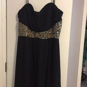 Full length black prom dress
